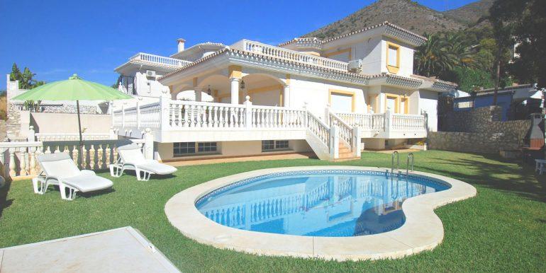 9 villa and pool
